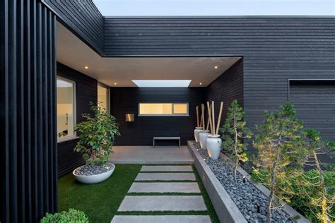 beautiful modern landscape designs  prove simple
