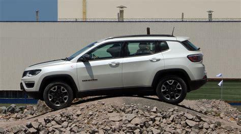 gray jeep compass 2017 novo jeep compass 2017 preza pelo conforto