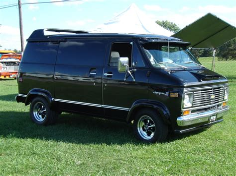 how cars run 1992 chevrolet g series g10 electronic toll collection radarlovevan s 1976 chevrolet g series g10 in slippery rock pa custom chevy vans 1971 96