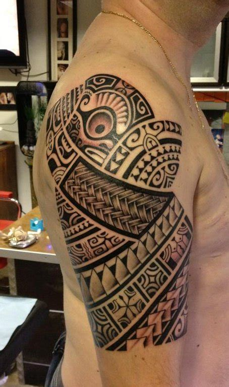 polynesian shoulder tattoo ideas maori