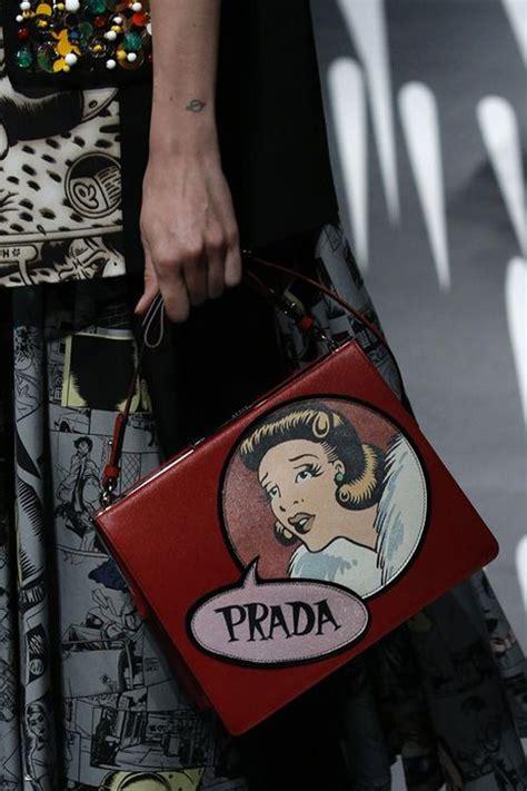 Ransel Moschino jadi sorotan ini deretan tas terbaik di milan fashion week