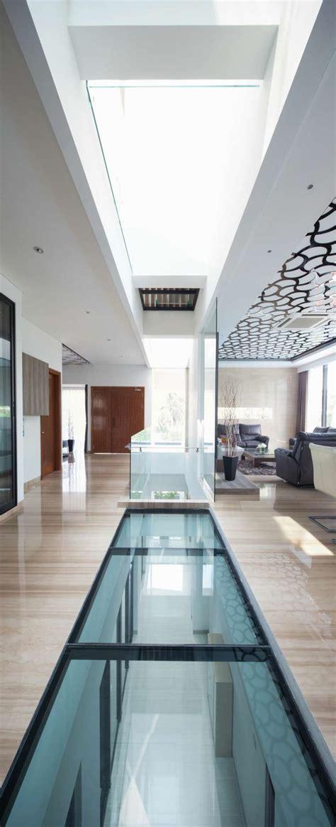 Couloir Maison Moderne by D 233 Co Maison Moderne F W House Par Dp Hs Architects