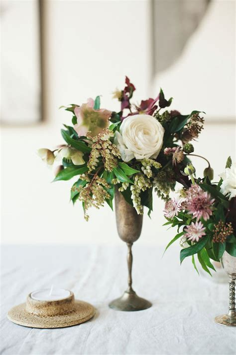 table flower arrangement ideas 25 best ideas about small flower arrangements on