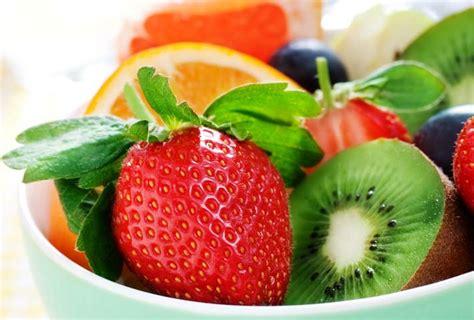 alimenti che contengono la vitamina c gli alimenti con il pi 249 alto livello di vitamina c