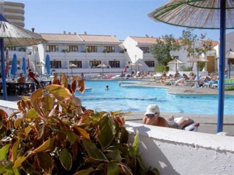 backyard city pools tenerife apartments to rent apartment rental garden city