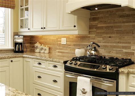 Travertine Kitchen Backsplash Ideas | travertine subway backsplash brown countertop backsplash