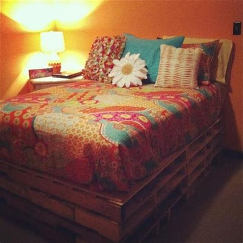 bed making pallet bed to fulfill your comfort needs pallets designs