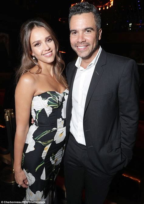 jessica alba wows   floral gown   hollywood