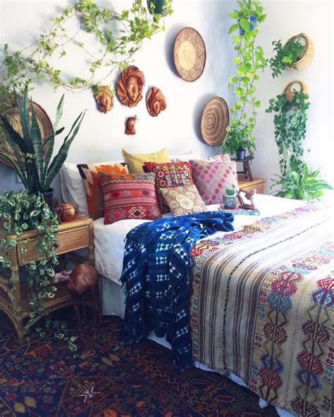 earthy bedroom ideas 463 best kilim city images on pinterest kilim rugs rugs