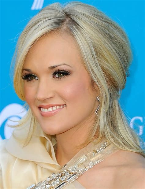 hairstyles half up half down for medium length hair carrie underwood medium length hairstyle half up half
