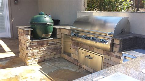 outdoors kitchen outdoor kitchens the fireplace place