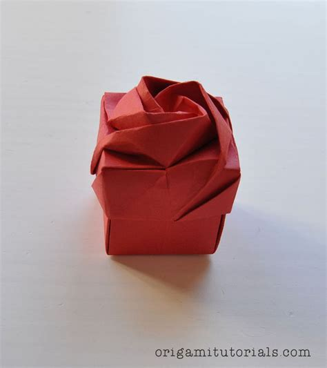 Box Flower Origami - 25 best ideas about origami on origami