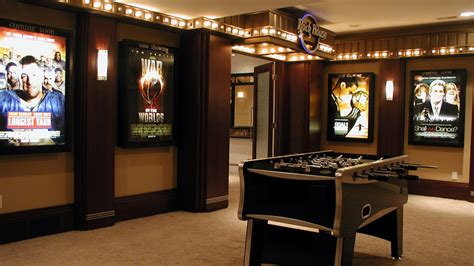 Home Theatre Decoration Ideas by Shocking Home Theater Movie Replicas Decorating Ideas