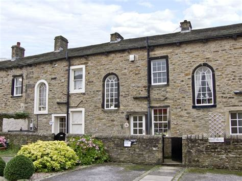 skipton cottages town cottage skipton dales self catering