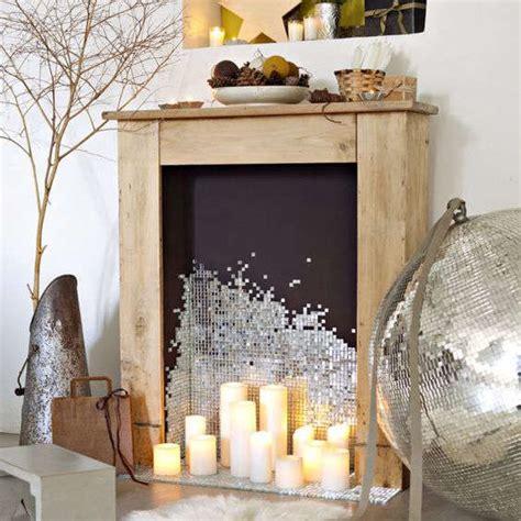 Délicieux decoration de table de noel #1: manteau-de-cheminee-en-bois-noel.jpg