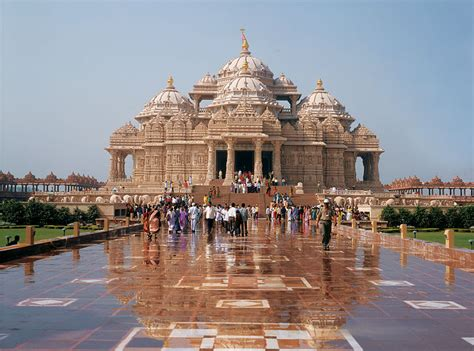 top 20 most beautiful temples in india amazing and indian hindu temples around the world world