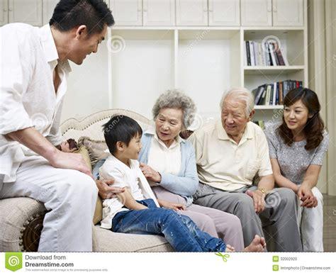 talking rooms asian family stock photo image 32002920