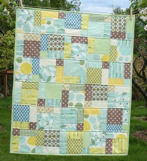 Disappearing 9 Patch Baby Quilt by Disappearing 9 Patch Quilt Tutorials