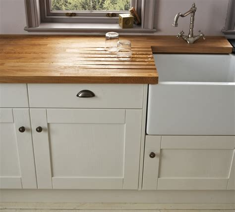 howdens kitchen design updating traditional kitchen details howdens joinery