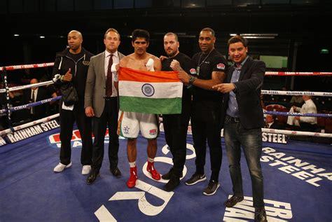 Fighting Talk Let The Battle Begin by Vijender Singh Vs Francis Cheka Let The War Of Words