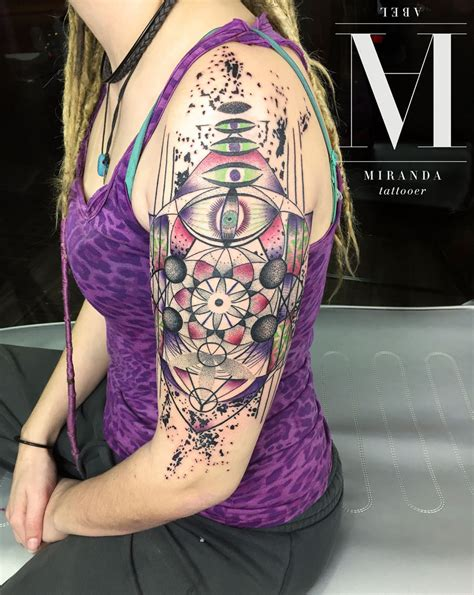 geometric tattoo vorlagen geometric tattoos tattoo ideas