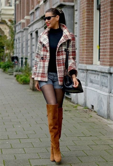 Sepatu Wanita Sepatu Gucci Highheels Brown 13 stylish ways to wear a tartan coat in winter pretty