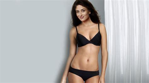 kareena hot bikini image kareena kapoor hot sexy bikini 1080p hd wallpaper and