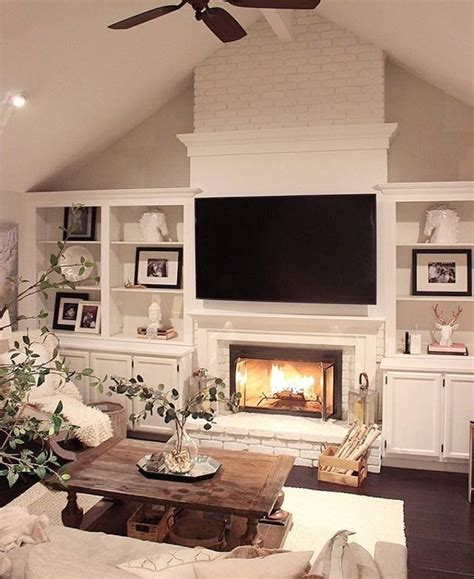 decorating living room with fireplace best 25 living room with fireplace ideas on pinterest