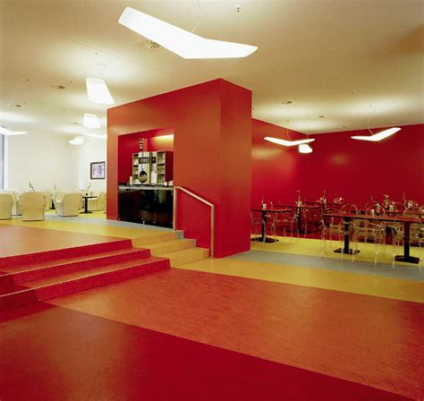 pavimento in linoleum pavimenti in linoleum pvc e gomma gm pavimenti