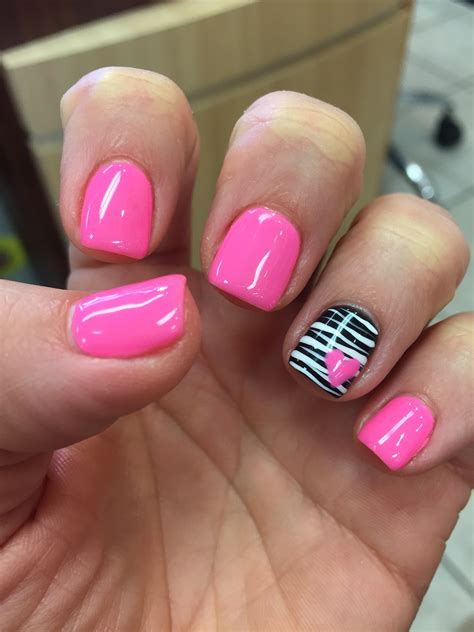 Nail De by Gel Shellac Zebra Pink Nails