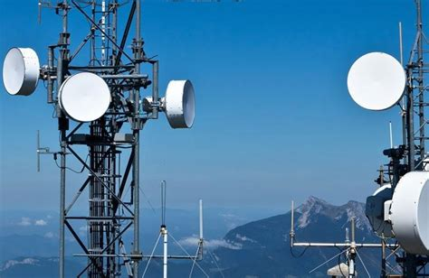 Microwave Link exalt wireless shatters world record for microwave link distance cloudwedge