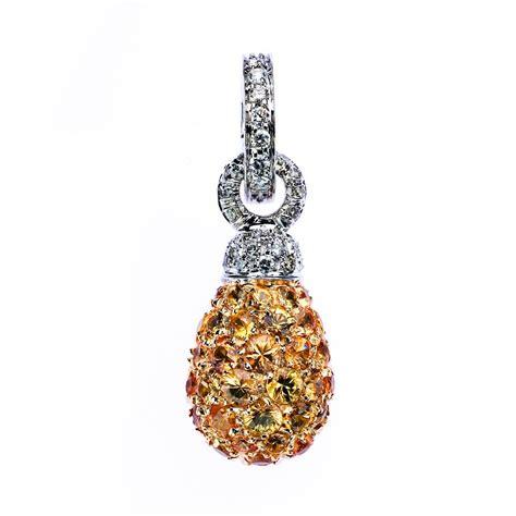 chantecler white gold 18 carat joyful pendant with yellow