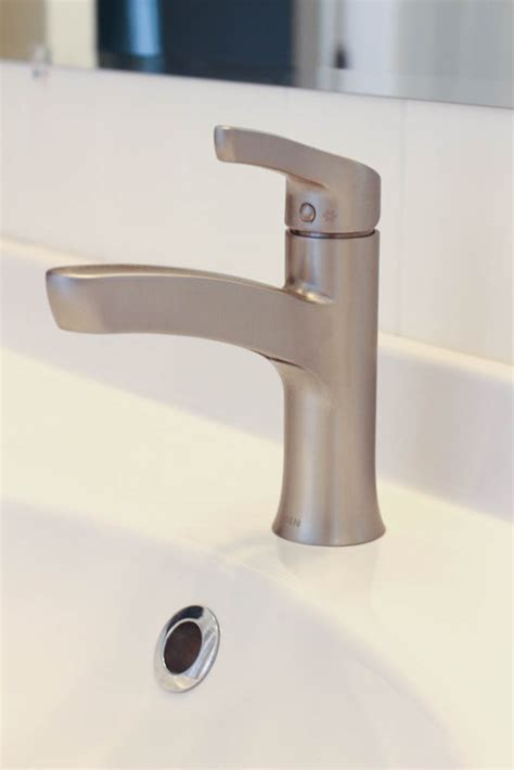 ikea hemnes bathroom vanity thrifty bathroom makeover with an ikea hemnes vanity