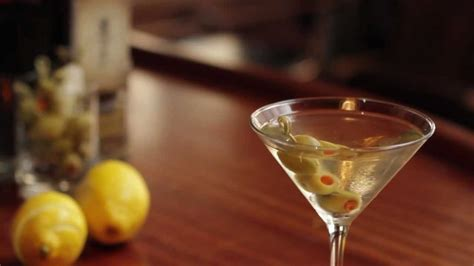 martini liquor how to a martini cocktail liquor com