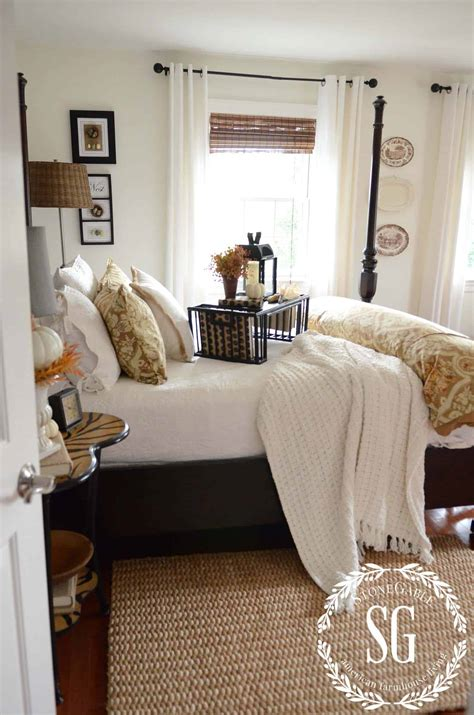 insanely cozy ways  decorate  bedroom  fall