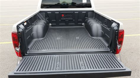 difference between crew cab and extended cab the differences between a crew cab extended cab and a