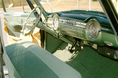 oldsmobile   door sedan
