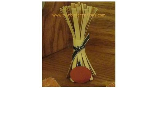 How To Make Corn Stalks Out Of Paper - paper craft corn stalk book crafts