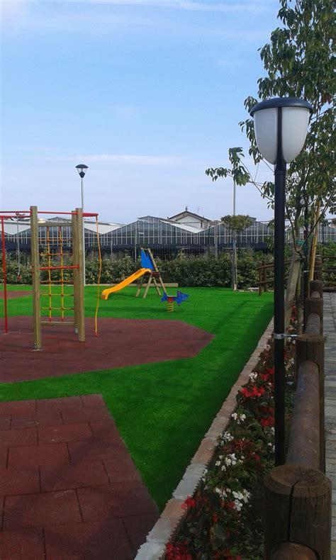 pavimenti per parco giochi pavimenti antitrauma per esterni e parchi gioco sicuri e a