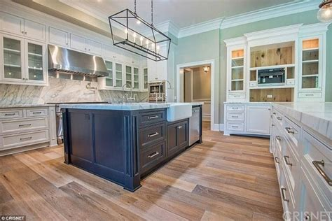 cooks kitchen appliances kylie jenner upgrades from 2 7m home in calabasas to 6m
