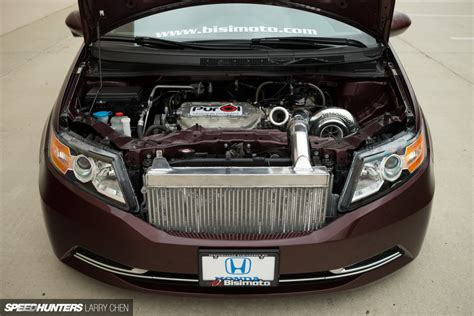 burnouts for all the family the 1029hp minivan burnouts for all the family the 1029hp minivan speedhunters