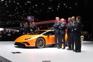 Geneva Motor Show Lamborghini Lamborghini Huracan Performante Unveiled At 2017 Geneva