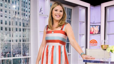 what makeup does jenna bush wear how to wear a striped dress like jenna bush hager