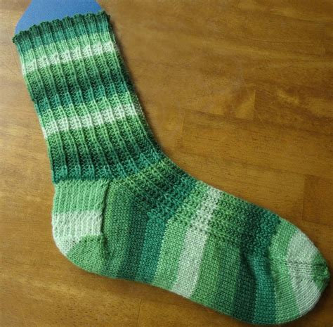 Pattern Knitting Socks | free sock knitting pattern melody s makings