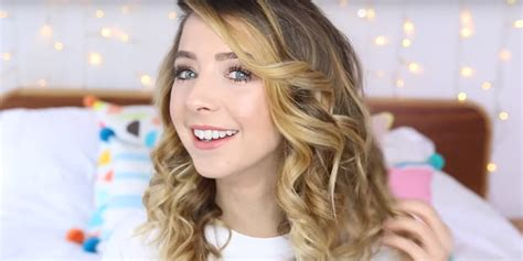Or Zoella Zoella Named Sexiest By S Secret Social Zoe Sugg