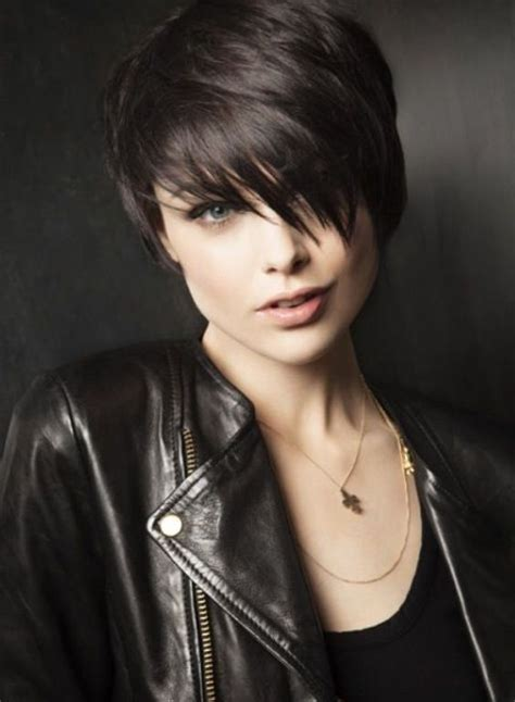edgy haircuts round faces 40 classic short hairstyles for round faces