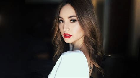 coleen garcia mew hair cut 2015 coleen garcia looked fab in 226 conservative white dress
