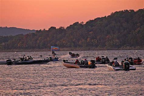 table rock lake fishing tournaments 2017 table rock lake readies to host costa flw series