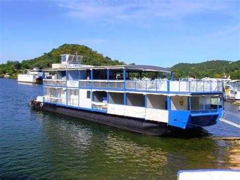 lake view house boats houseboats lake kariba houseboats