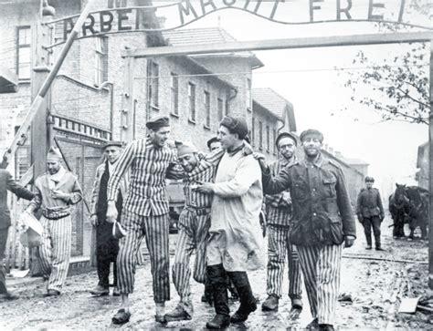 world war ii auschwitz a history from beginning to end books wwii history auschwitz holocaust ww2 world war two 1945